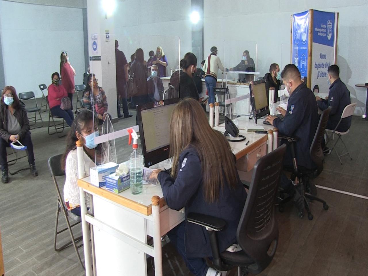 Municipalidad de Iquique realizó 250 atenciones en primer día hábil de fase de Transición