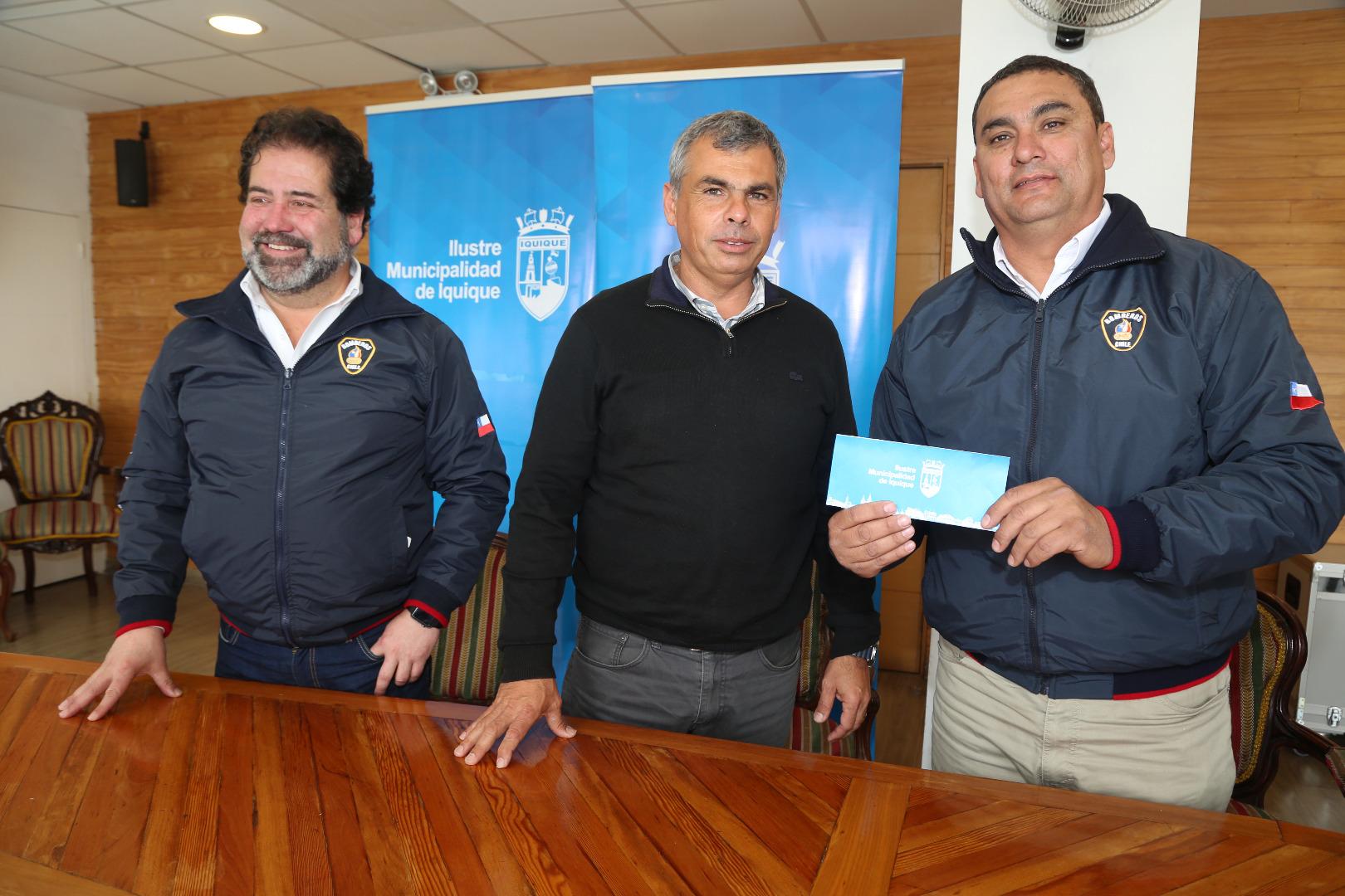(IMÁGENES DE ARCHIVO) Concejo Municipal aprueba propuesta de alcalde Soria Macchiavello sobre entrega de subvención para el Cuerpo de Bomberos de Iquique