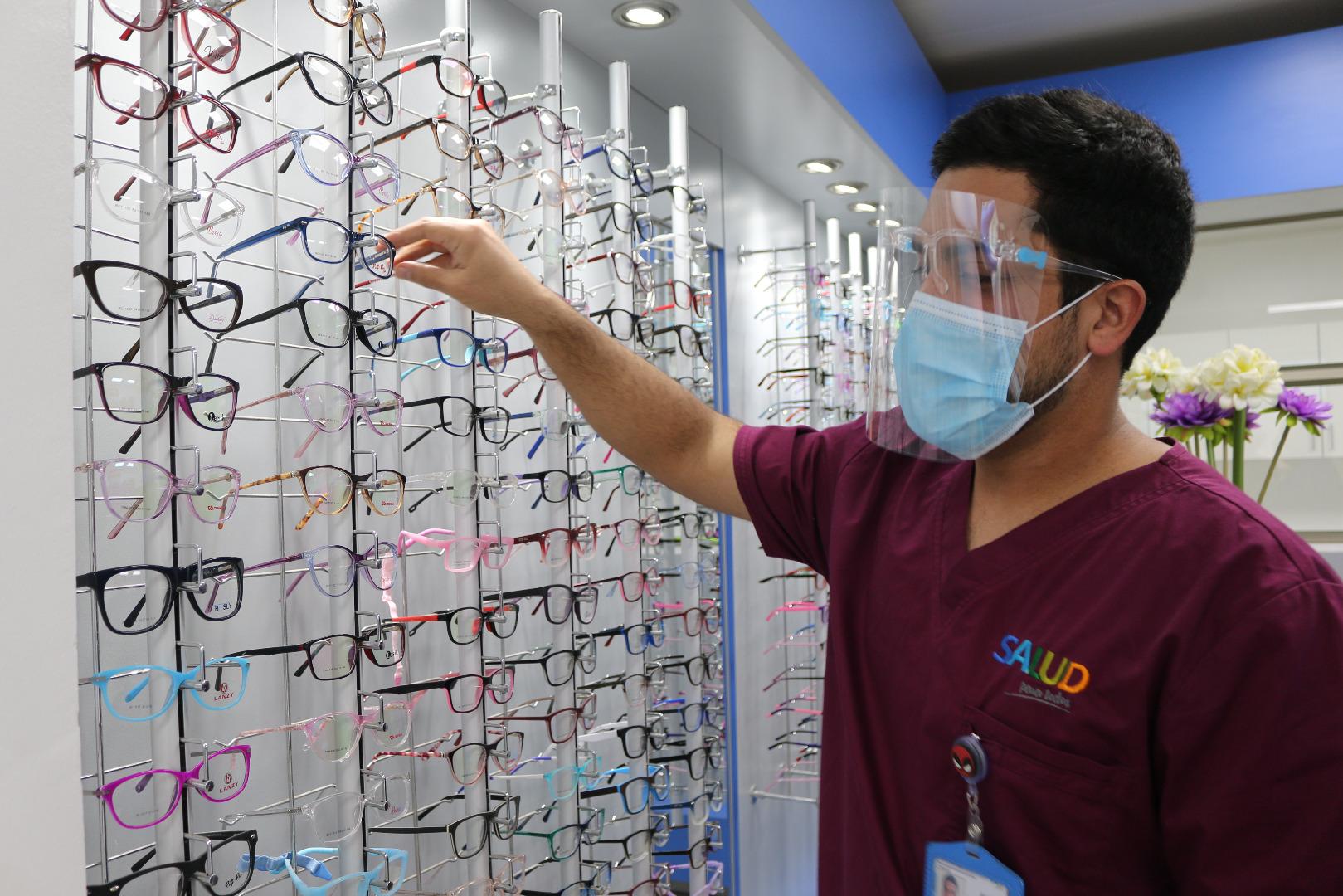 Óptica Comunal de Iquique ha entregado 4.496 anteojos en lo que de 2020