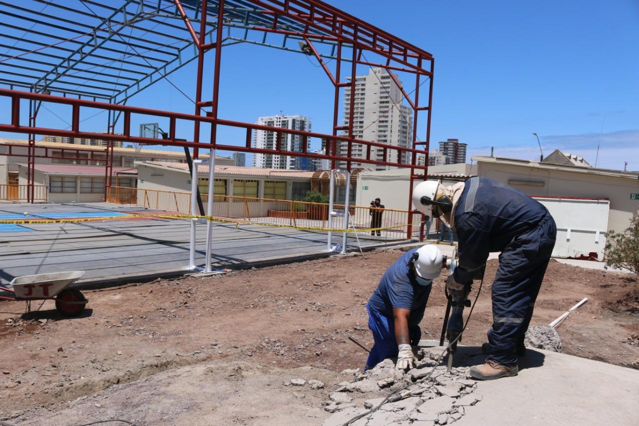 Cormudesi impulsa mejoramiento en 14 escuelas y liceos de Iquique