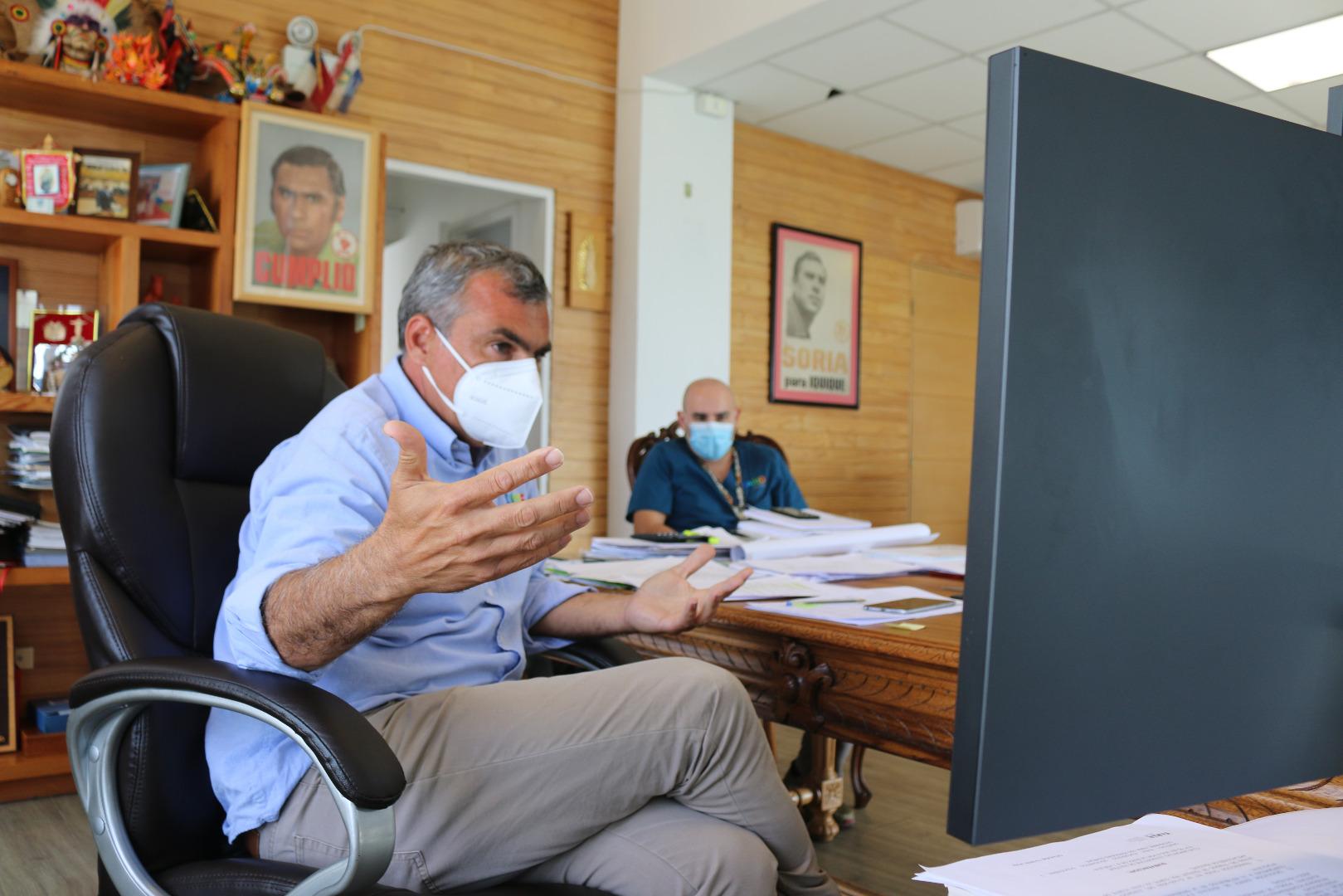 Alcalde Soria expone realidad de crisis migratoria en Tarapacá a Subsecretaria de Prevención del Delito