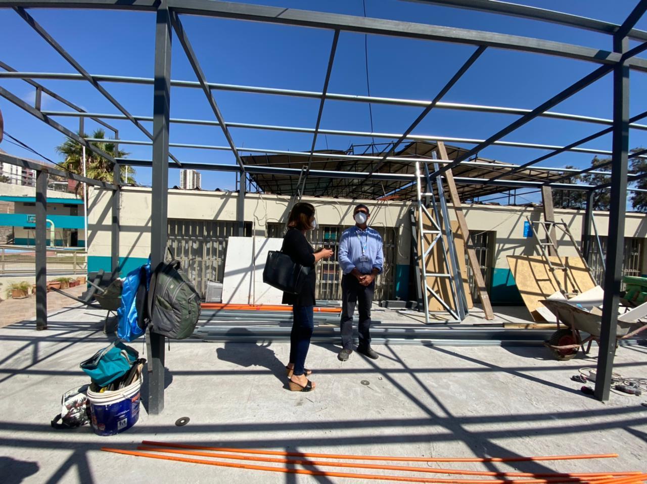 Cormudesi avanza en mejoramiento y remodelación del colegio España y Liceo Luis Cruz Martínez