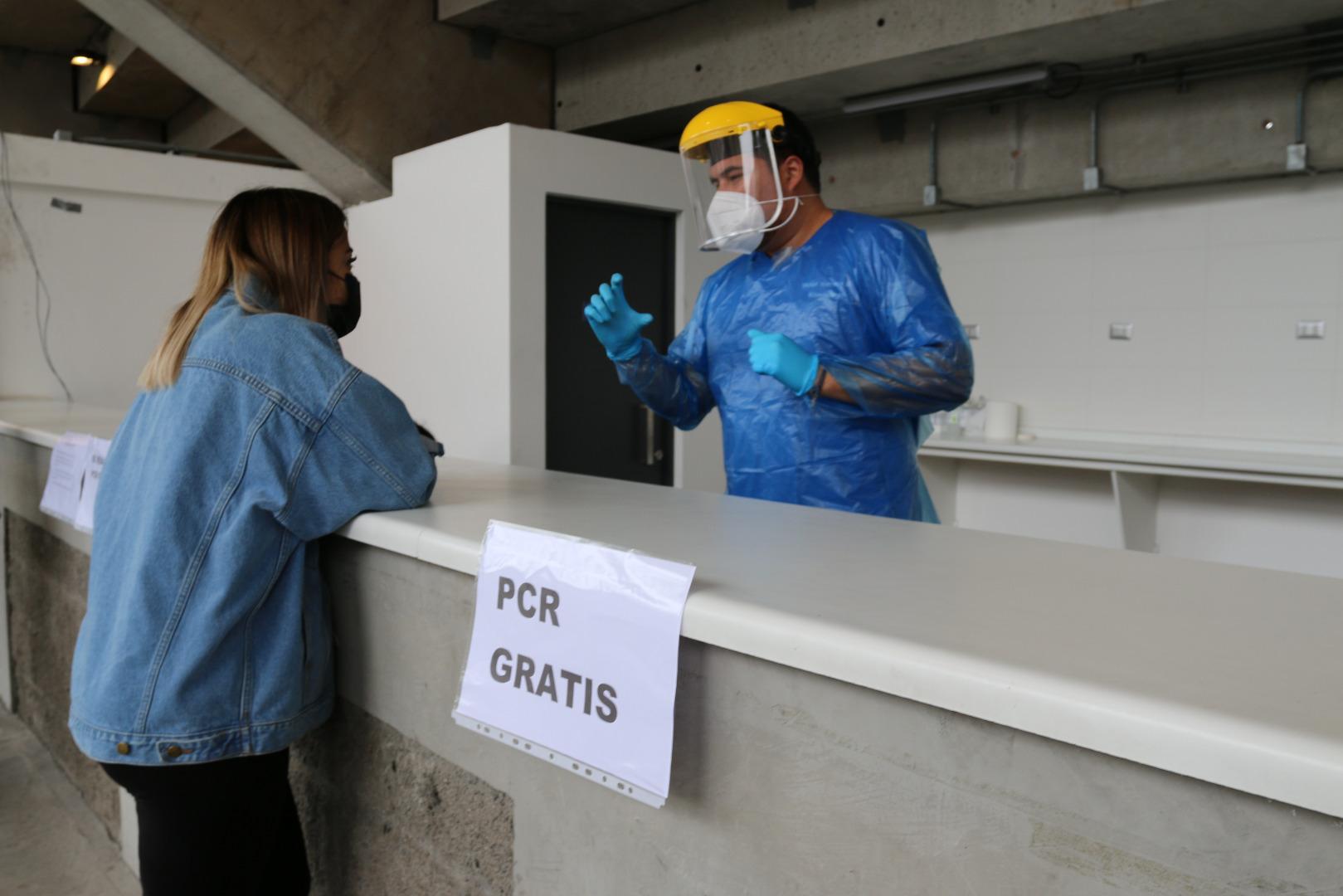 Salud Municipal de Iquique abre nuevo punto de búsqueda activa de casos de Covid-19 en estadio Tierra de Campeones